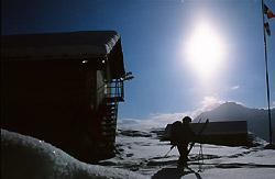 In partenza per una gita di scialpinismo